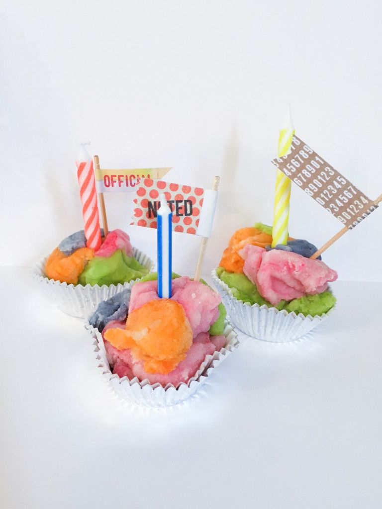 Playdough cupcakes-22