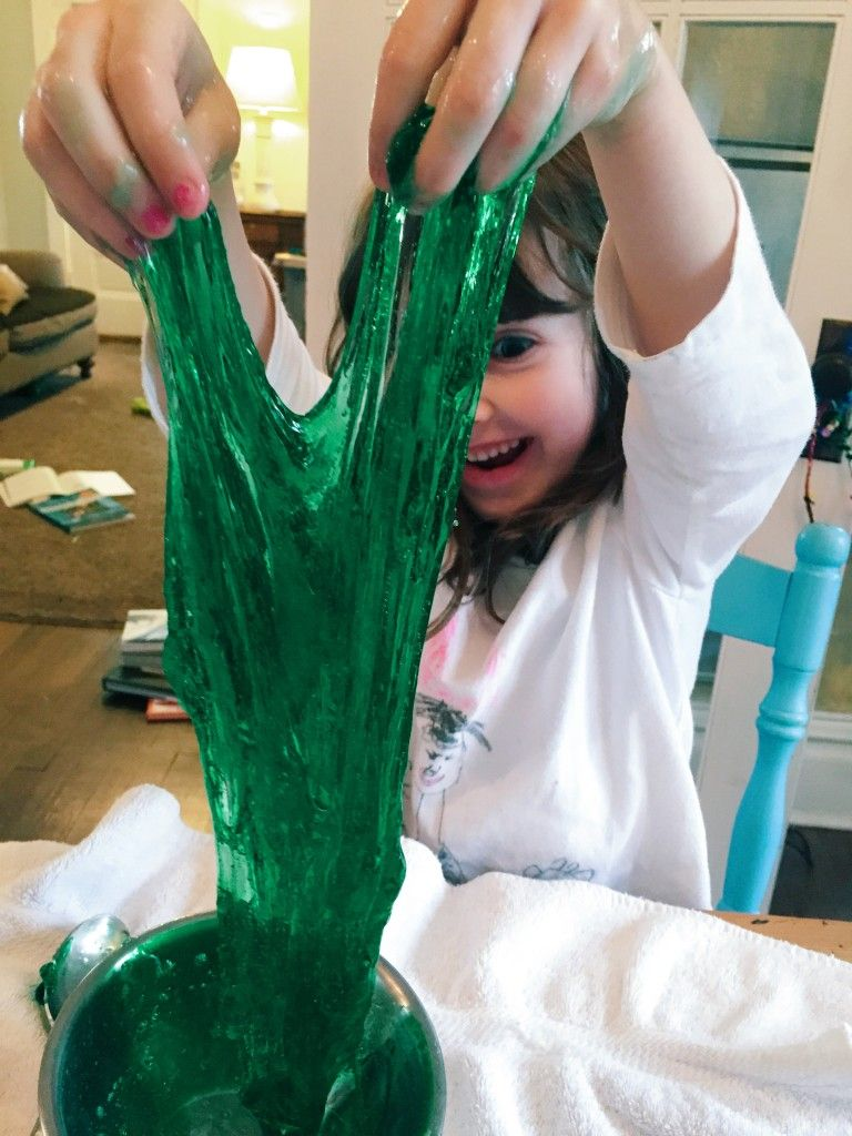 Slime making adventures from www.giantsandpilgrims.com
